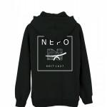 Nepo_Kapu_black_back_weisser_druck