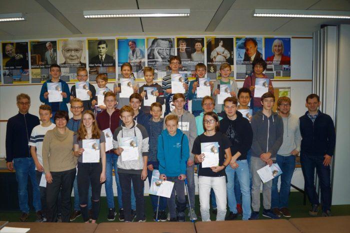 Die Ausgezeichneten des Informatik-Biber. Foto: Marek Walde